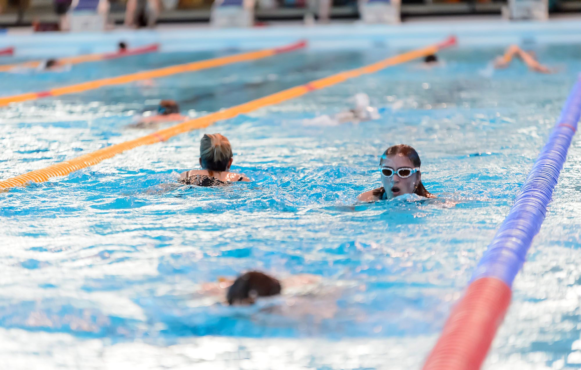 Drive to ensure all children can swim by end of primary school